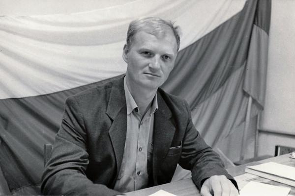 Журналист Сергей Акулич о себе - депутат -1994
