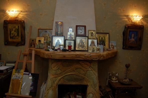 Дома у Цыгановых - иконы