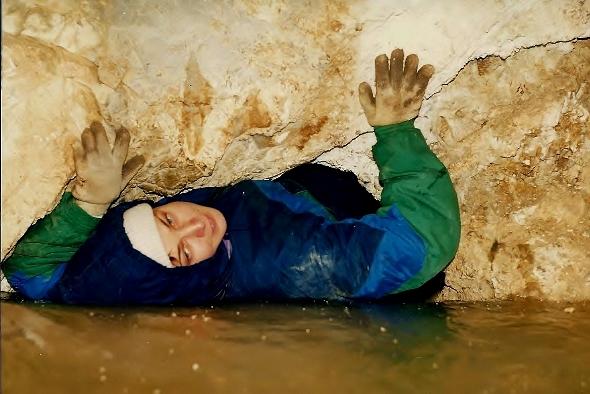 Приключения в пещерах Санболи. Фото Сергея Акулича