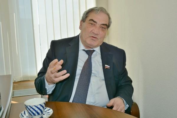 Вячеслав Штыров в Совете Федерации РФ. Фото Сергея Акулича