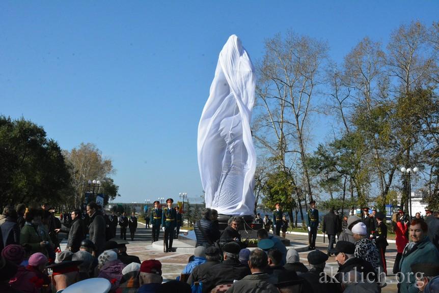 Открытие памятника маршалу Василевскому в Хабаровске. Фото Сергея Акулича
